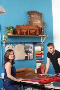 Relook cuir entreprise artisanale familiale à Nîmes