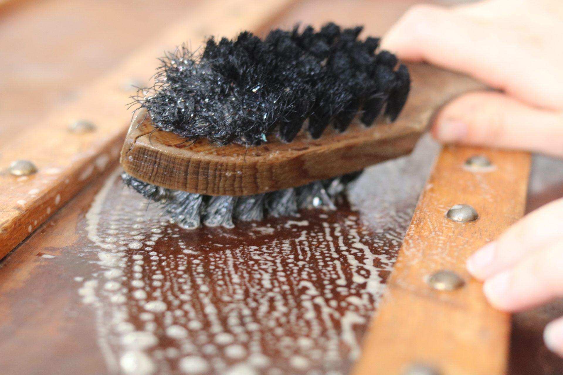 Entretien Du Cuir D Ameublement entretien & nettoyage de vos cuirs d'ameublement